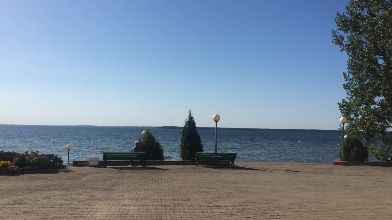 Береговая линия санатория Нарочь 23 августа 2018 года, 23, тепло и уютно!
