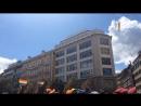 Конфетти на гей-параде в Праге