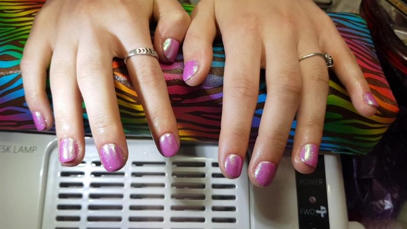 Шеллак на короткие ногти