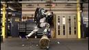 Робот Atlas компании Boston Dynamics обрел навыки хорошо тренированного паркурщика