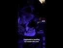Gigi Hadid com Adriana Lima e Josephine Skriver em evento da Maybelline no NYFW hoje 8 de setembro 2