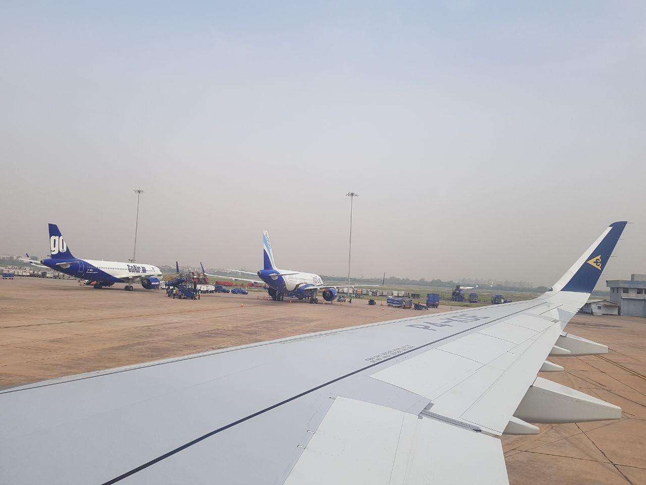 Аэропорт Дели, и местные авиакомпании, в частности Go Air In, это аналог нашей Победы