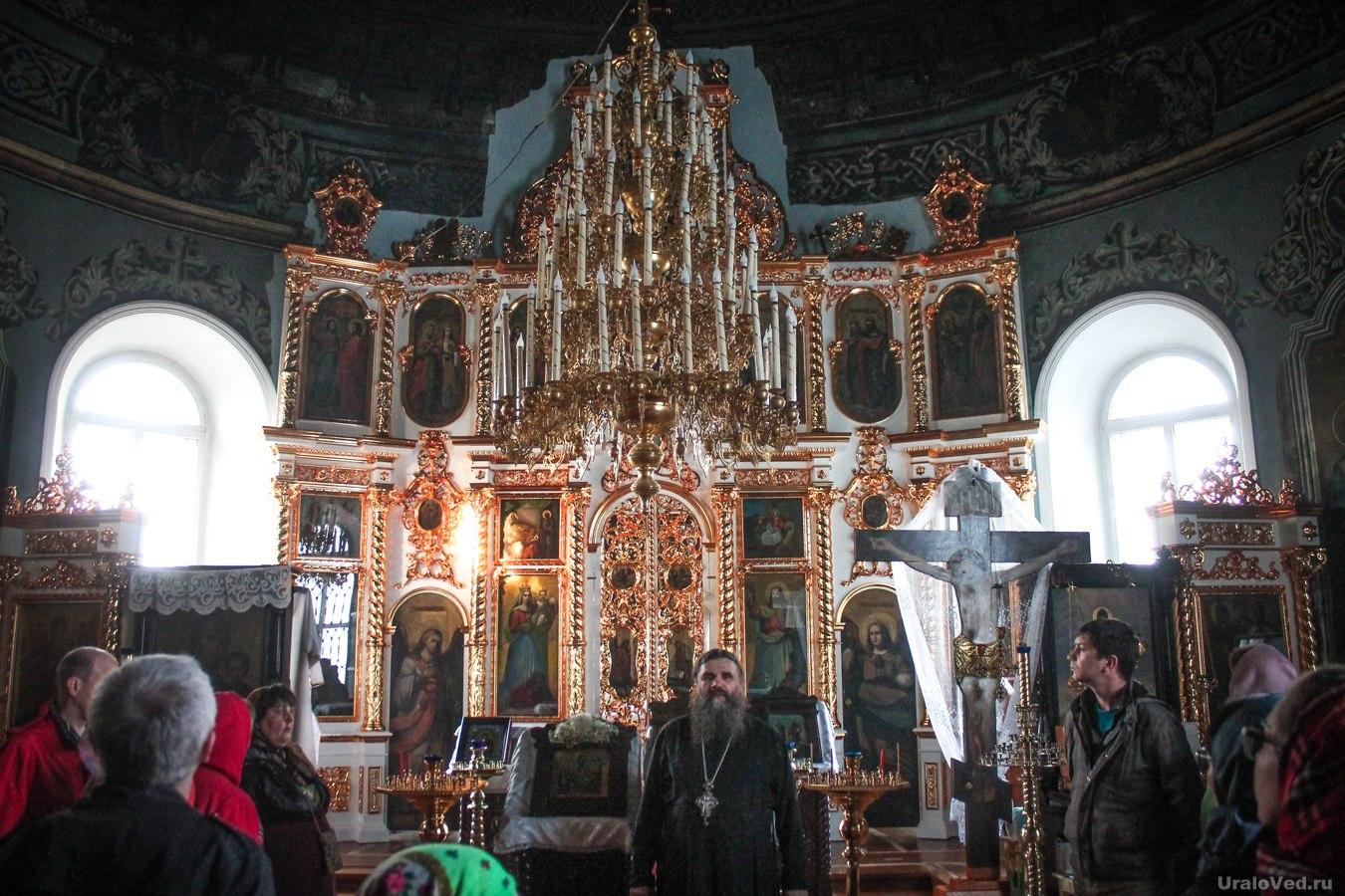 Экскурсия в церкви Петра и Павла