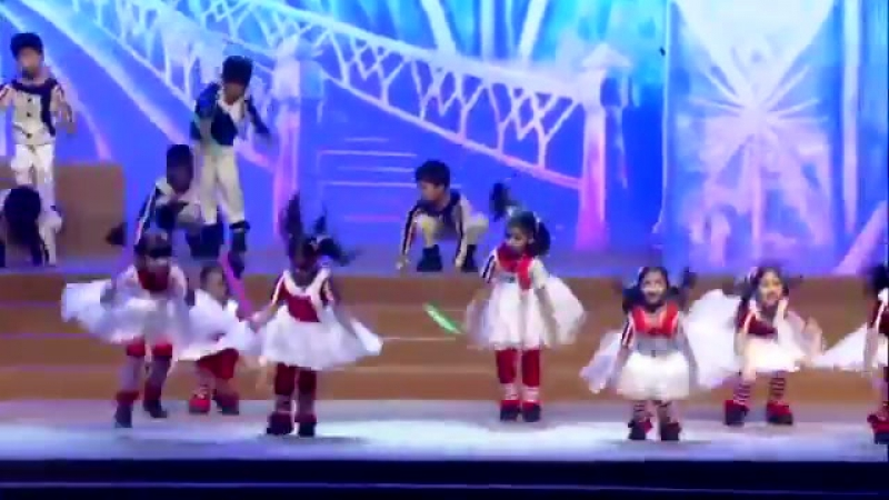 Aaradhya's Annual Day performance from a few minut.