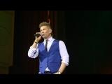 Митя Фомин исполнил в Донецке песню «Катюша»