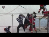 Lucic tries to fight Mike Smith after hacking Giordano