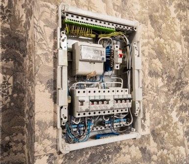 Стоимость электрики в квартире