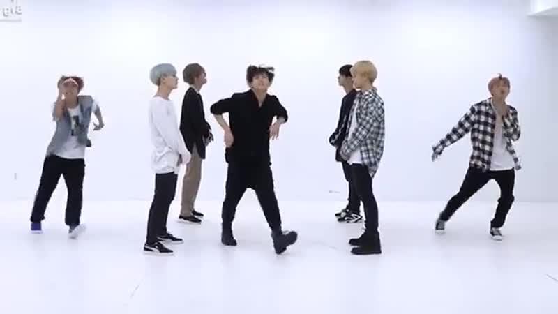 BTS DNA dance practice
