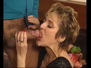 Milf blonde short hair wife amateur homemade swingers / зрелая блондинка мамка жена короткие волосы домашнее порно свингеры