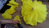 3 часть .МАСТЕР КЛАСС БЕСПЛАТНО .как я клею розу ростовые цветы из бумаги