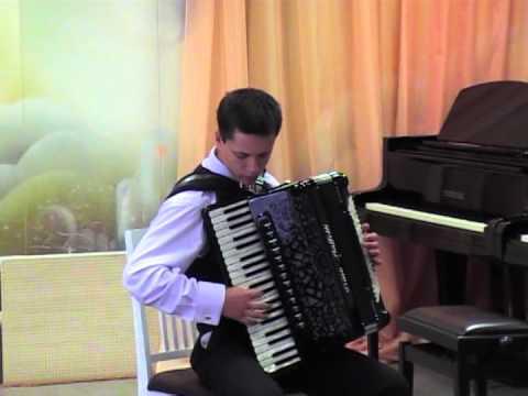 виртуоз игры на аккордеоне Альберт Мамедов