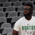 Jaylen with the nice behind the back move☘️ • Boston Celtics / Бостон Селтикс