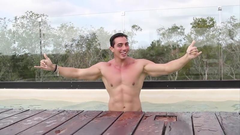 Handsome Man Rodrigo Romeh Swimming | ESTOY EN EL PARAÍSO ☀️🌴