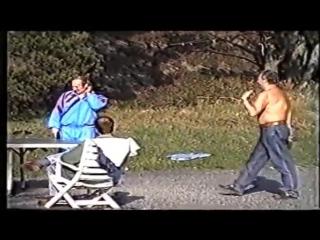 Видео с частным отдыхом семей Владимира Путина и Анатолия Собчака в 1992 году.