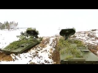 Применение самоходной реактивной установки разминирования УР-77