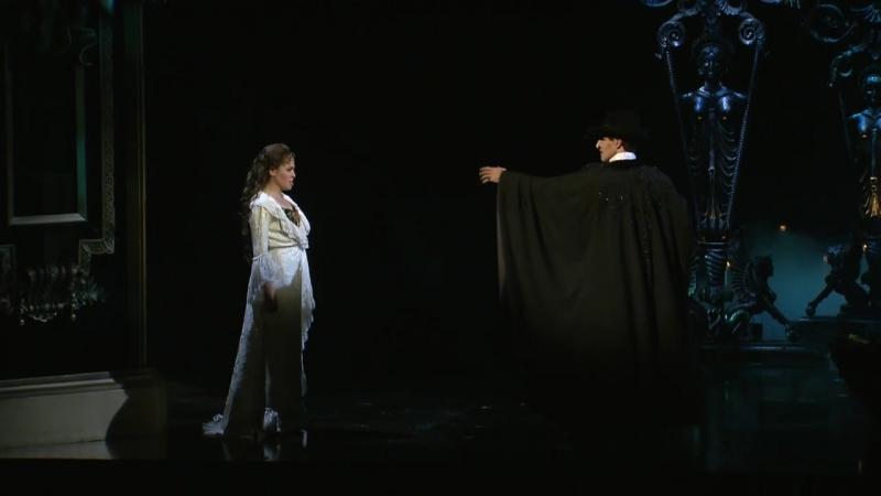Passeie pelos bastidores do musical O Fantasma da Ópera em São Paulo