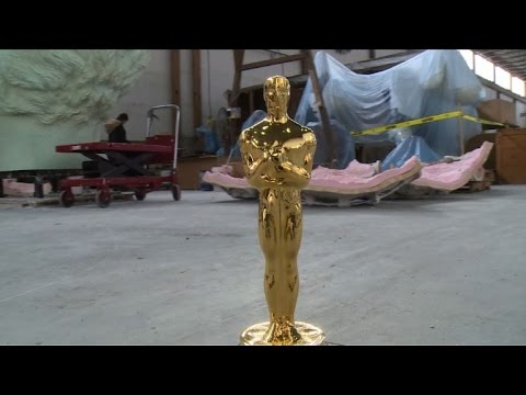 Oscar statuettes return to original bronze at NY foundry