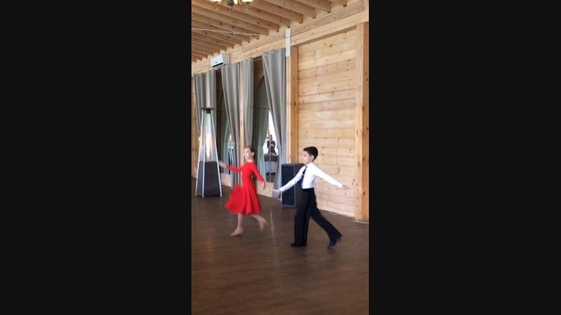 Танец замечательный сосед ПИГАС