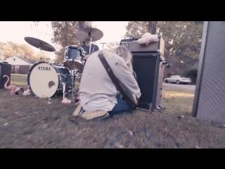 Bully - Running [OFFICIAL VIDEO]