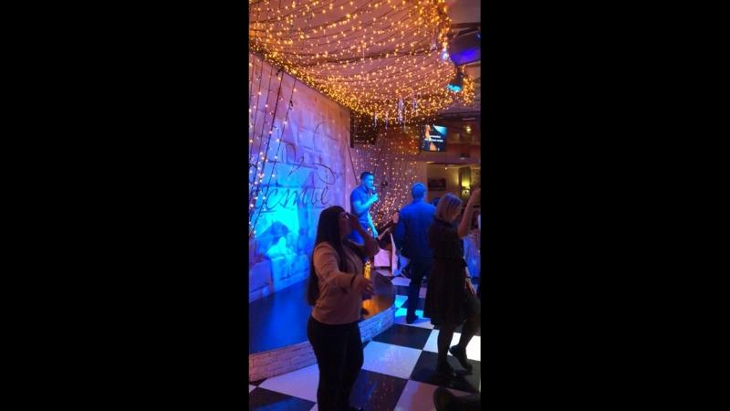 Приходите в гости караоке бар Счастье