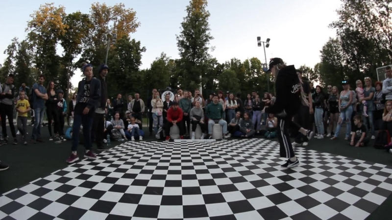 Nali Zelman VS Shada Stance 5 _ semifinal hip hop pro _ Банка фанка 2018