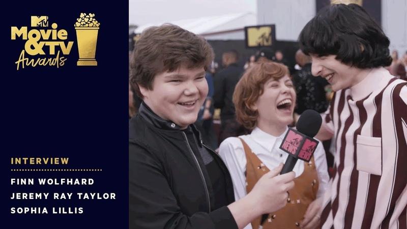 Finn Wolfhard Crashes Jeremy Ray Taylor Sophia Lillis Interview | 2018 MTV Movie TV Awards