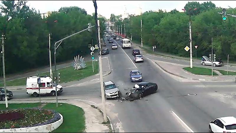 ДТП в Серпухове. Жёстко разнесло на повороте... 22 июля 2018г.