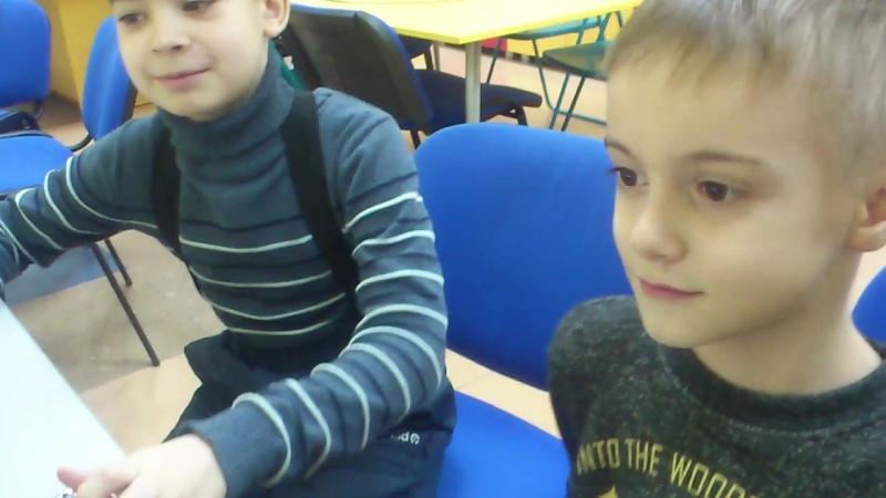 2018.01.21 - Два Ивана смастерили ветряк-комбайн