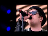 Fall Out Boy - Uma Thurman Live @BBC Radio 1 Big Weekend '15