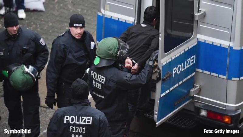 Recklinghausen- Messer-Attacke mittags am Café