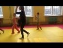 Танец с чемоданами в процессе