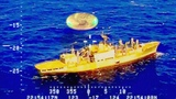 Amazing video shows UFO hovering near US Navy ship in Pacific Ocean !!! July 2018