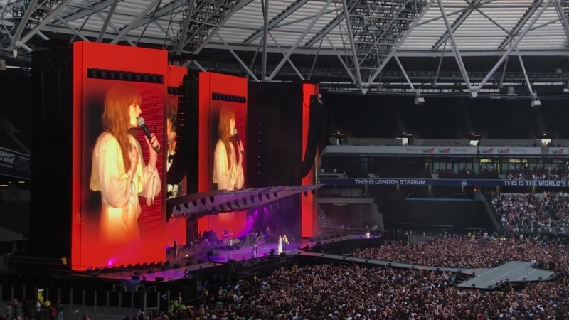 The Rolling Stones feat Florence Welch Wild Horses Live at London Stadium London 25 05 2018