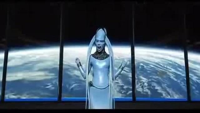 The Fifth Element Diva Plavalaguna feat.mr dog
