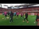 Ворскла виходить на тренування на Emirates Stadium