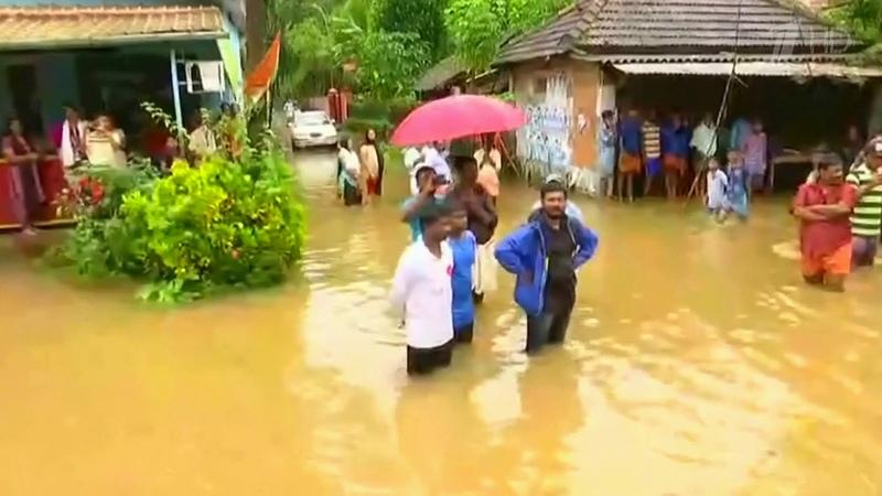 Индия переживает сильнейшее засто лет наводнение вызванное муссонными дождями