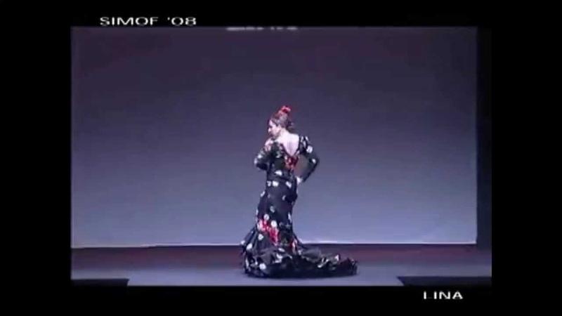 Luisa Palicio bailando con una bata de cola de Lina Simof 2008