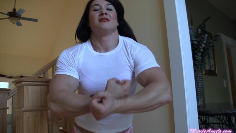 Alina_popa_shirtripping1