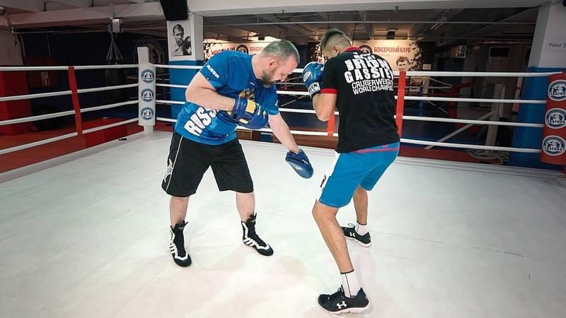 Этим приемом Ломаченко выигрывает каждый бой Как ударить из-за угла