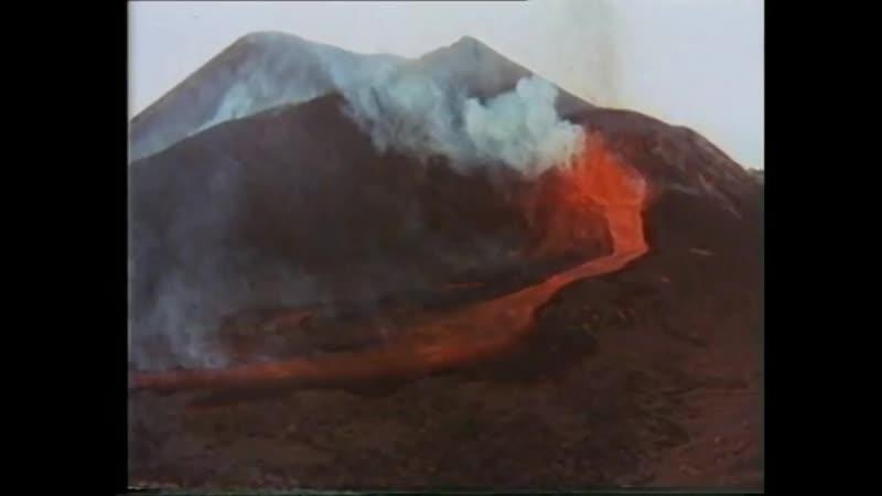 VOLCAN TENEGUIA LA PALMA OCTUBRE 1971.mp4