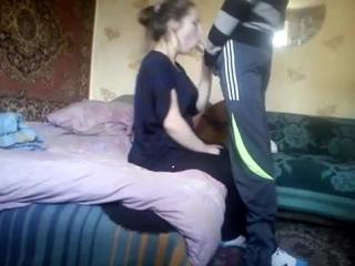 развел 16-летнюю девочку на минетрусское домашнее порнососет хуй с финалом в р