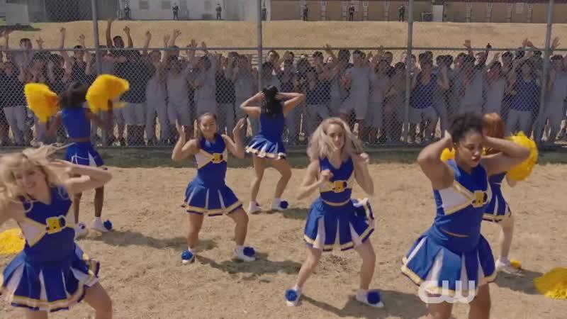 Ривердейл танец группы поддержки (3 сезон 2 серия)