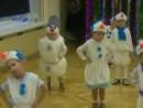 Когда на утреннике в детском саду все дети, как дети, а твой – Весёлый снеговик 😆