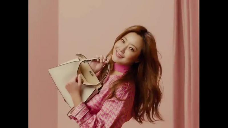 180122 Kim Hee Seon showcases her versatile style in Fendi Resort 18