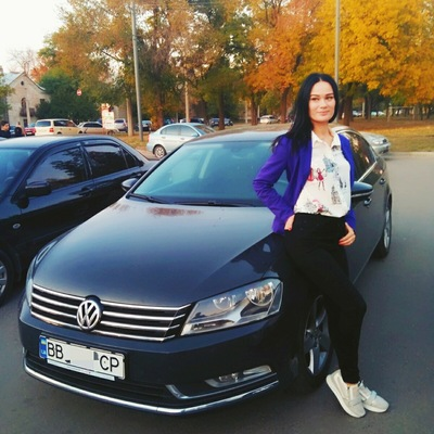 Анна Должикова