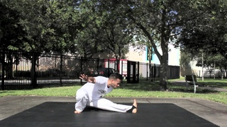 """Two simple ways to add """"Macaco"""" into your Capoeira game 