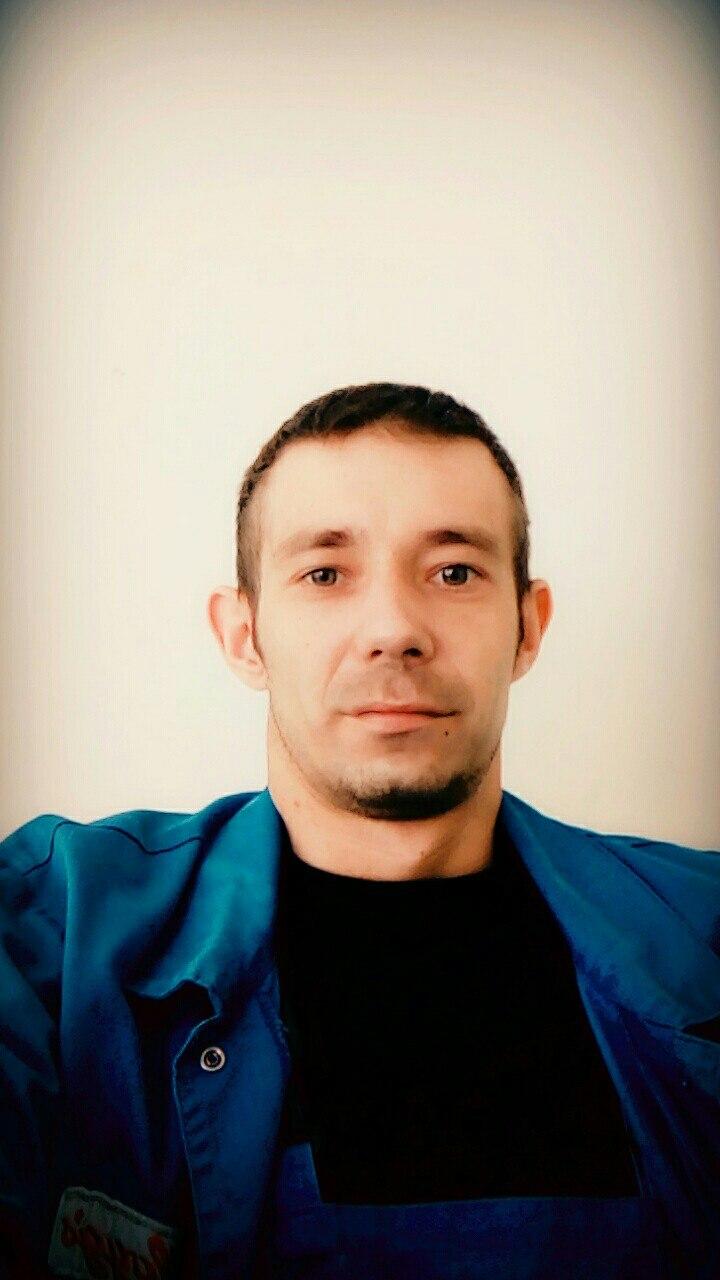 Александр, 31, Вязьма, Смоленская, Россия