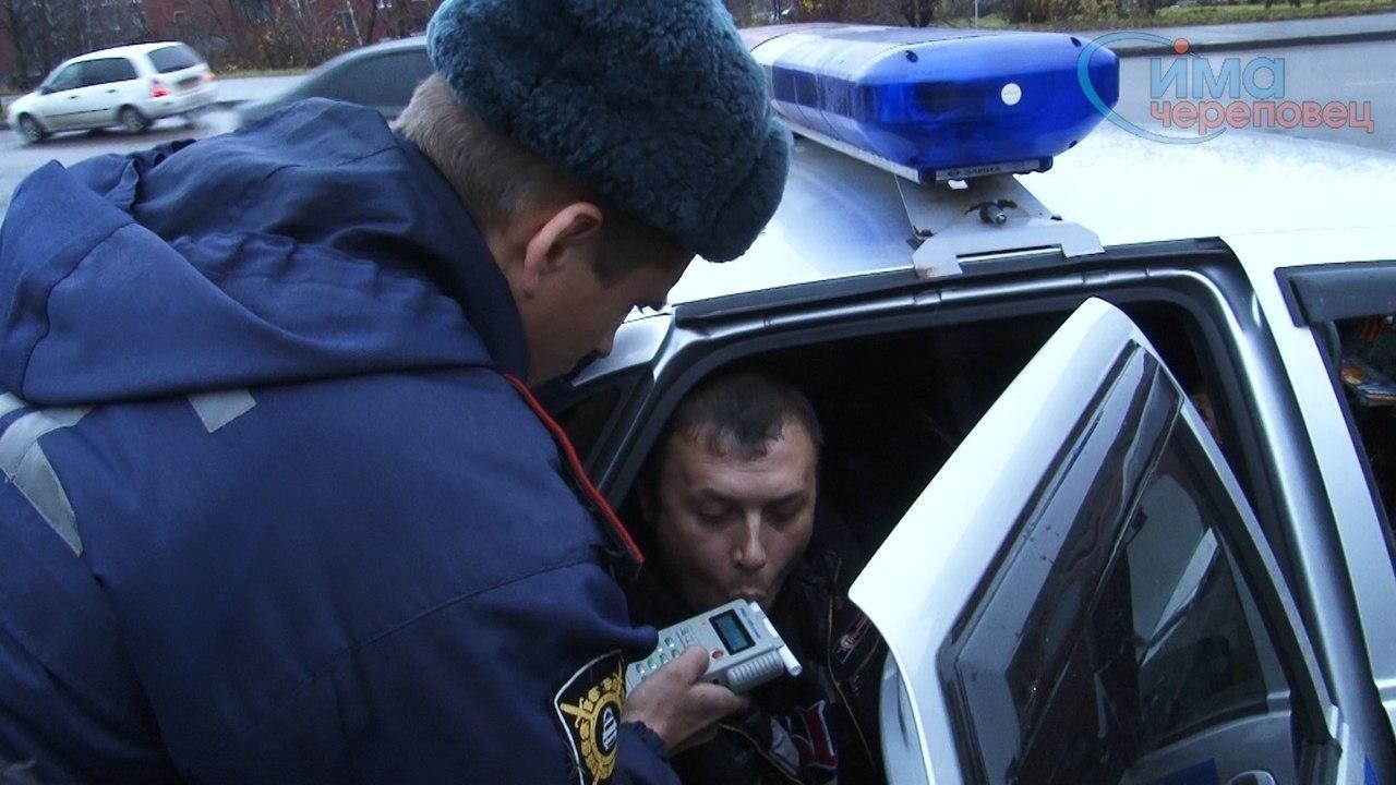 Более десятка нетрезвых водителей задержали сотрудники ГИБДД за минувшие выходные