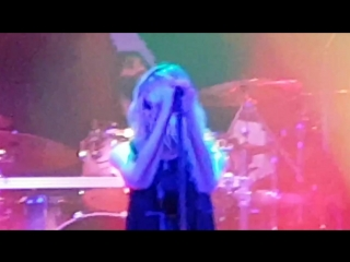 The Pretty Reckless - Take Me Down (Gloria Theater)