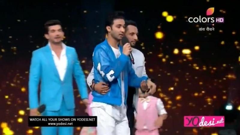 Raghav Dharmesh and Punit greeting dance